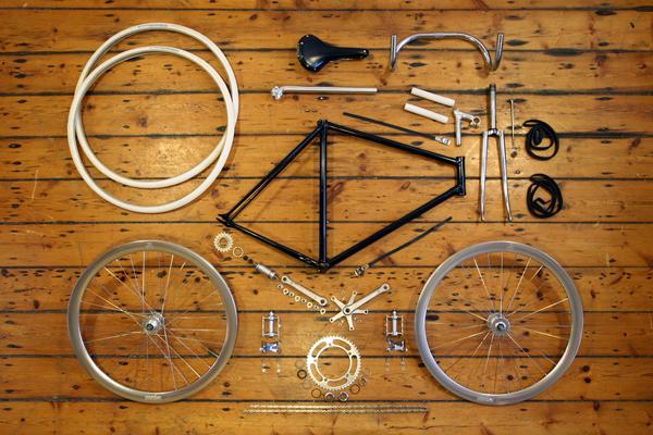 Anatomia di una bici a scatto fisso