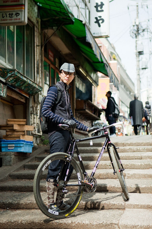 Una mountain bike fotografata da Kazuhiro Watanabe