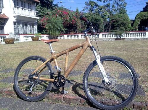 La bici in bambù
