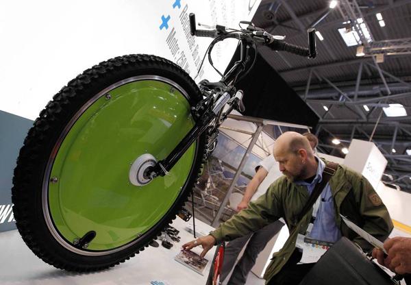 La bici a energia solare Roola