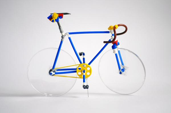 La bici di Lego realizzata da Silva Vasil