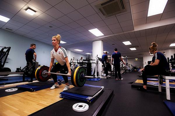 Becky James si allena a Cali 2014