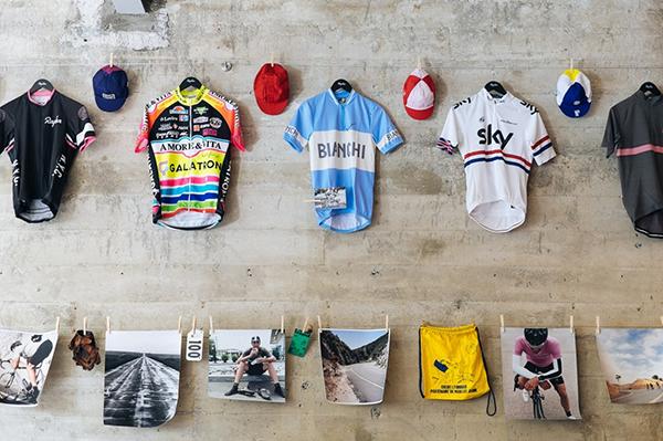 Collezione di maglie da ciclismo