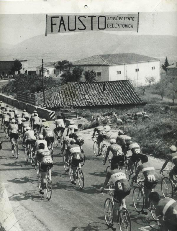 Striscione per Fausto Coppi