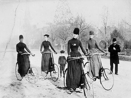 Cicliste della fine del 1800