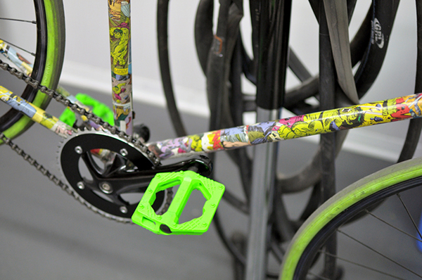 Bici fixed Hulk decoupage