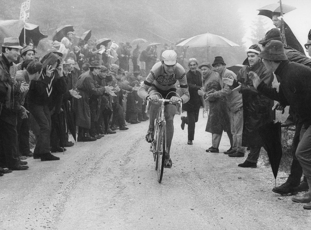 Felice Gimondi in fuga al Giro d'Italia 1967