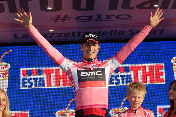 Taylor Phinney in maglia rosa