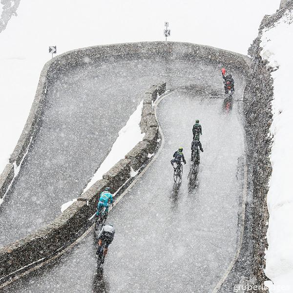 Stelvio sotto la neve al Giro d'Italia 2014