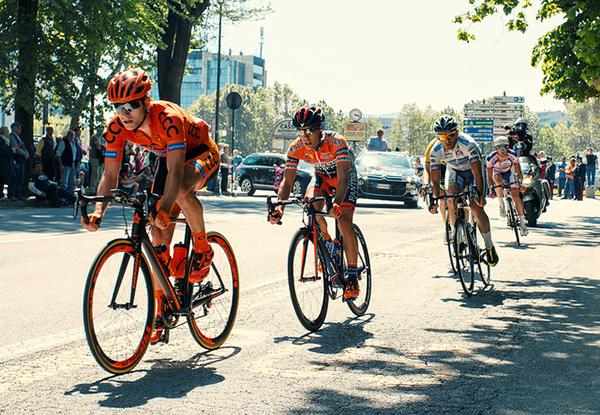 Giro d'Italia 2015, la fuga a Savona