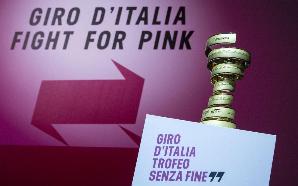 Il Trofeo Senza Fina del Giro d'Italia