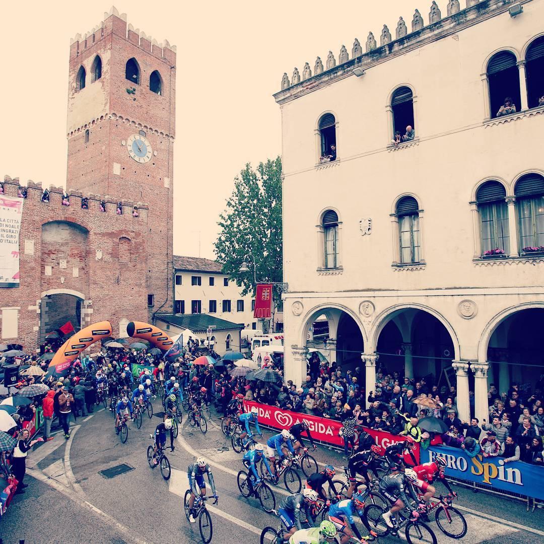 La partenza del Giro 2016 da Noale