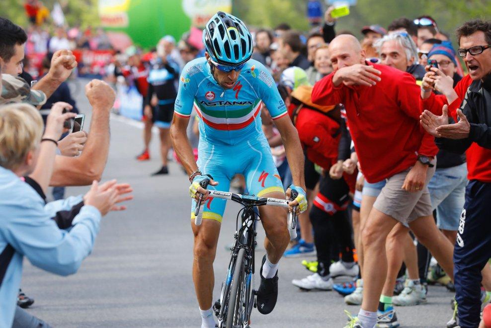 Nibali in fuga al Giro d'Italia 2016
