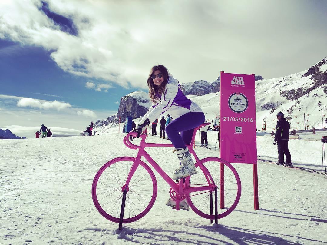 Una bici rosa per il Giro d'Italia 2016 in Alta Badia