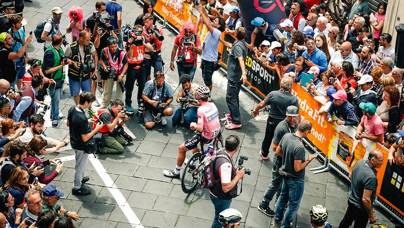 Bob Jungels in Maglia Rosa al Giro 2017