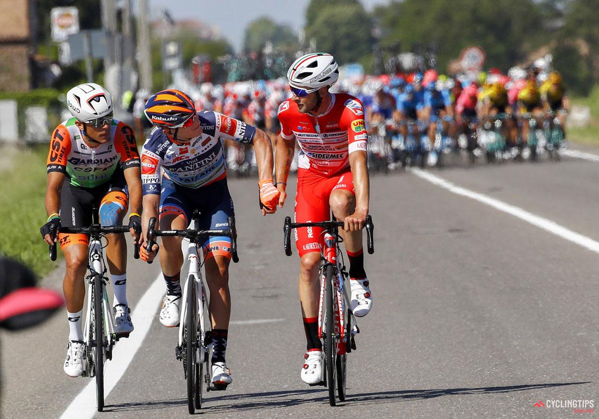 Ciclisti in fuga al Giro d'Italia 2019