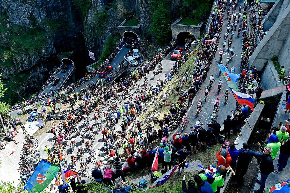 Il Giro d'Italia 2019 al passo San Boldo