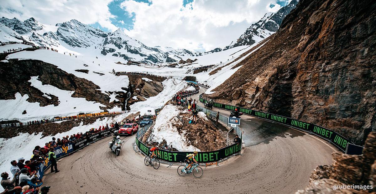 Il Giro 2019 sulle Alpi innevate