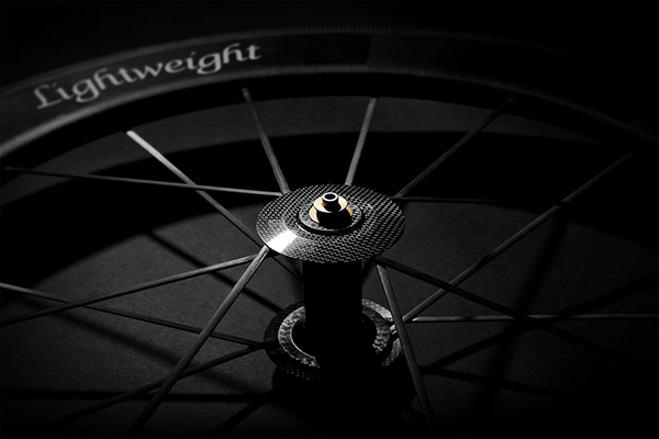 Ruota da bici in carbonio Lightweight