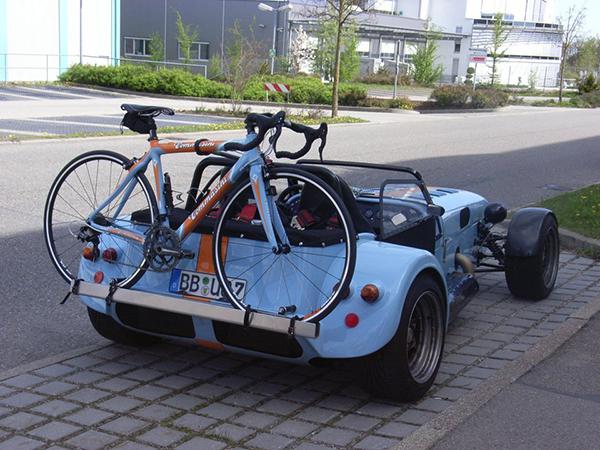 Lotus Super Seven porta bici