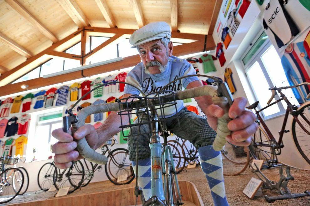 Luciano Lucky Berruti nel Museo della Bicicletta