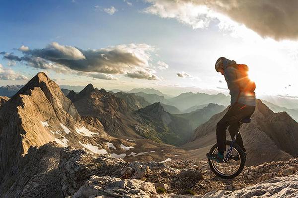 Il monociclo estremo di Lutz Eichholz