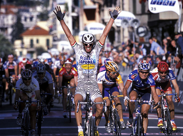 Mario Cipollini alla Milano-Sanremo 2002