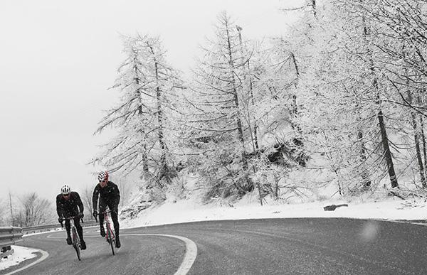 In bici sul Moncenisio con la neve