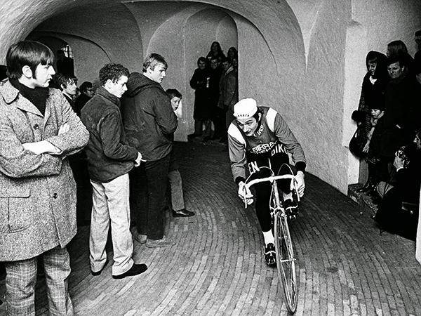 Ole Ritter scala il Rundetarn a Copenhagen