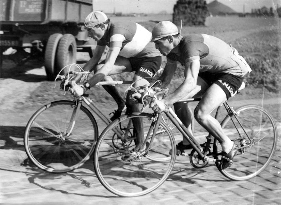 Coppi e Diot alla Parigi-Roubaix 1950