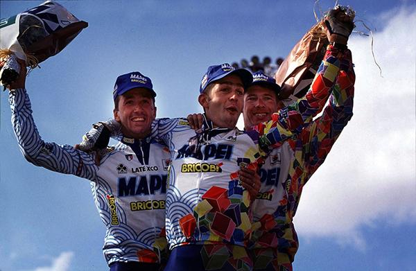 Tris Mapei alla Paris-Roubaix 1998