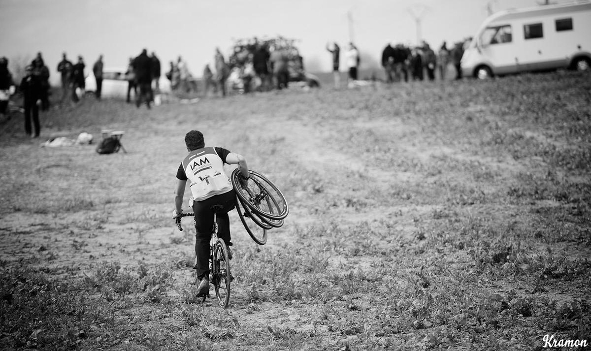Cambio ruote alla Parigi-Roubaix 2016