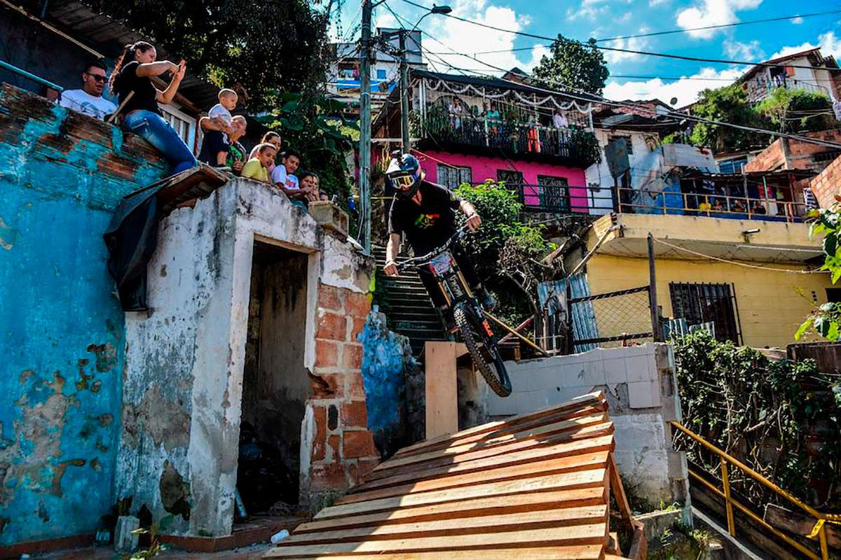 Ray Syron al Downhill Challenge Medellin 2018