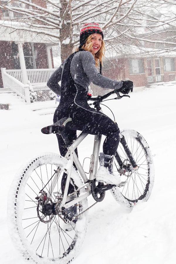 La regola 9 del ciclismo: pedalare con il brutto tempo