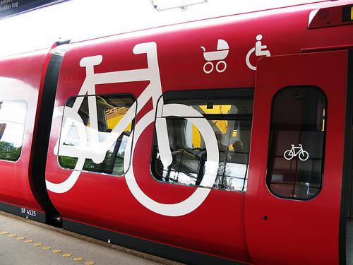 Un S-Train in servizio a Copenhagen, carrozza biciclette