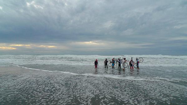 Ocean Beach Barrier Run