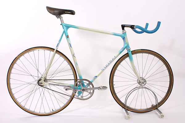 Stelbel Pursuit Pista