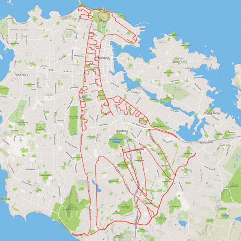 I disegni di Stephen Lund con una bici e un GPS
