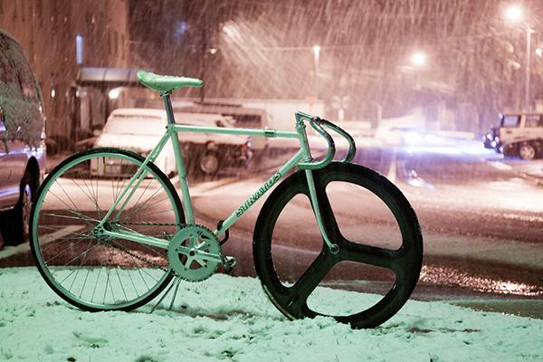 Stratos sotto la neve
