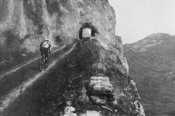 Gustave Garrigou sull'Aubisque al Tour 1911