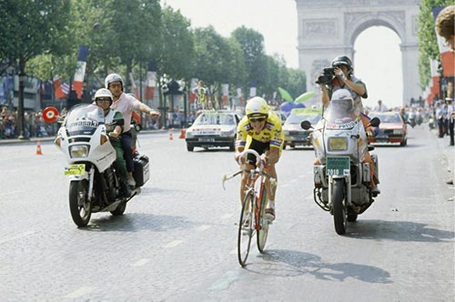 Greg Lemond e Laurent Fignon contro il tempo al Tour de France 1989