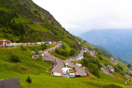 Il Tour attraversa i Pirenei