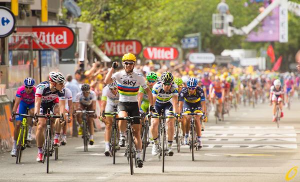Cavendish vince una tappa al Tour 2012
