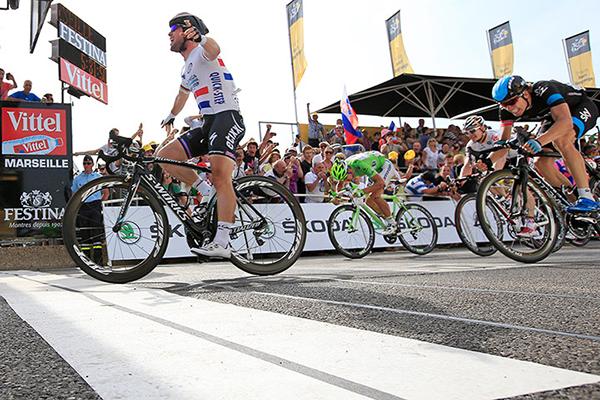 Mark Cavendish vince la quinta tappa del Tour 2013