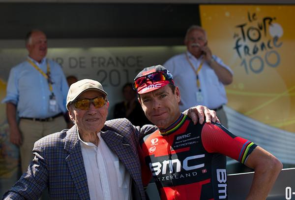 Evans e un tifoso in posa la Tour 2013