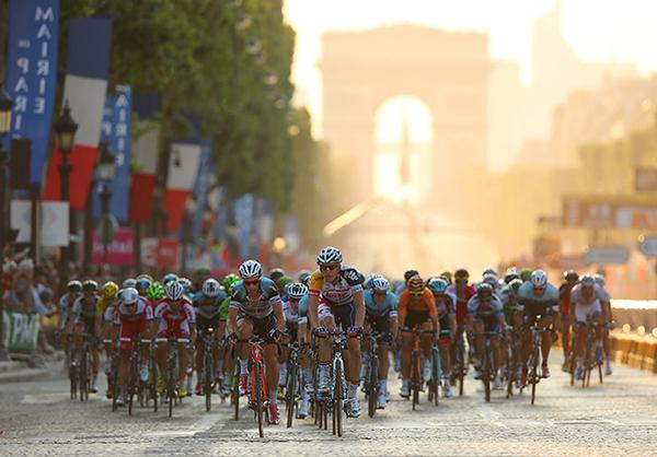 Il Tour 2013 a Parigi