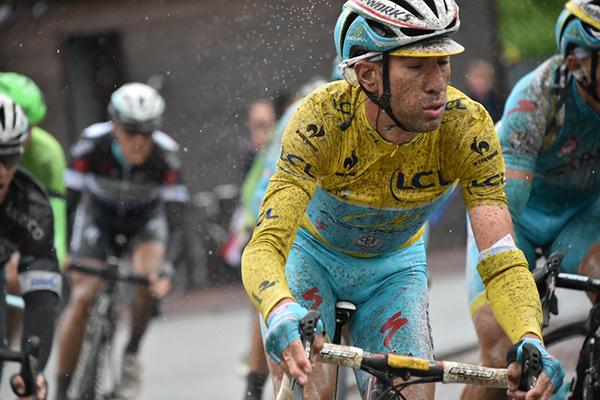 Nibali all'attacco sul pavé al Tour 2014