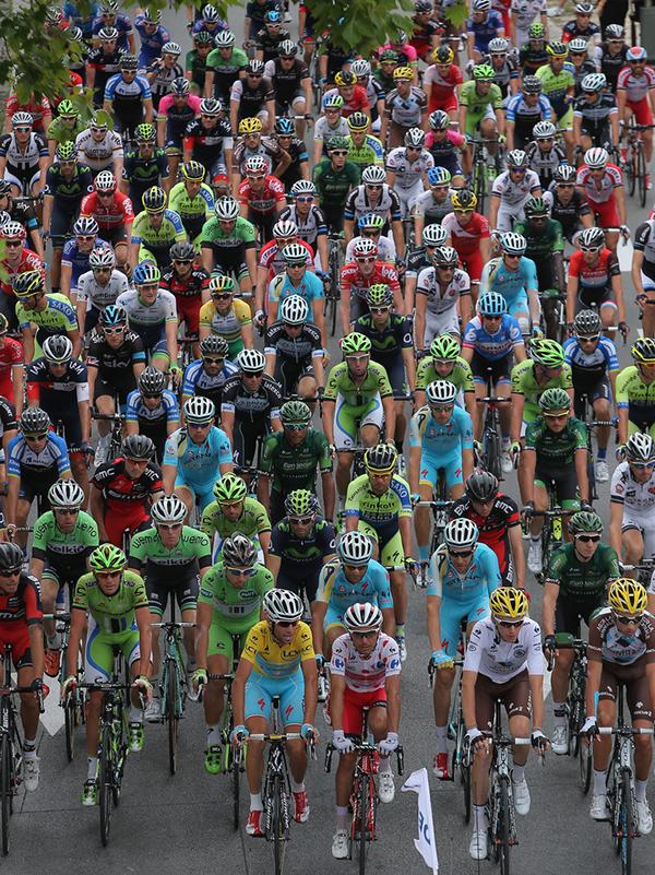 Il gruppo a passeggio al Tour 2014