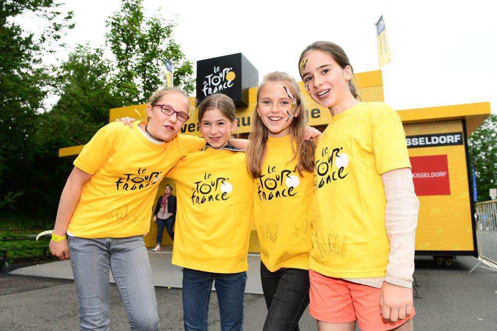 Giovani tifose del Tour 2017