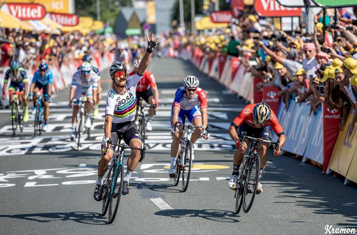 Peter Sagan sul traguardo al Tour 2018